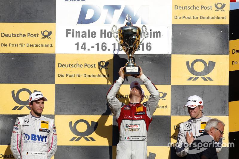 Подиум: победитель в гонке Эдоардо Мортара, Audi Sport Team Abt Sportsline, Audi RS 5 DTM; Кристиан