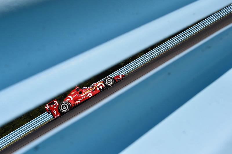1. Scott Dixon, Chip Ganassi Racing Chevrolet