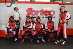 Механики Fortec Motorsports