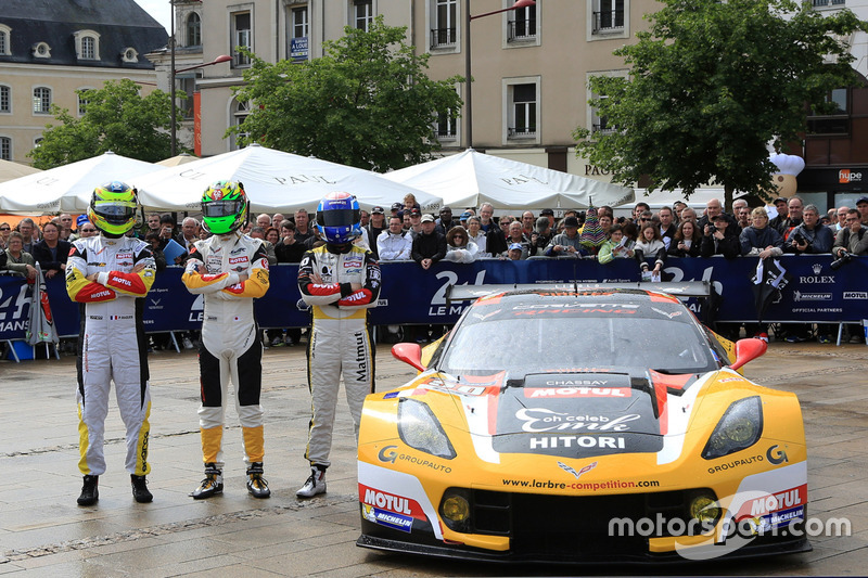#50 Larbre Competition Chevrolet Corvette C7-R: Ютака Ямагісі, П'єрр Раг, Жан Філіпп Беллок