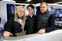Michael Douglas, avec son fils Dylan Michael Douglas et Gerhard Berger
