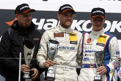 Podium: LMS Teammitglied; 1. Antti Buri, LMS Racing, SEAT Leon TCR; 3. Tim Zimmermann, Liqui Moly Team Engstler, VW Golf GTI TCR