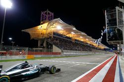 Il vicitore Nico Rosberg, Mercedes AMG F1 Team W07