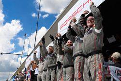 Siegerjubel: Porsche Team North America