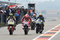 Cal Crutchlow, Team LCR, Honda; Andrea Dovizioso, Ducati Team; Valentino Rossi, Yamaha Factory Racin