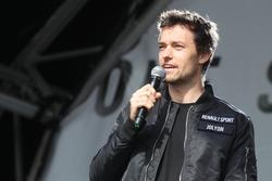 Jolyon Palmer, Renault Sport F1 Team, sur la scène de Silverstone