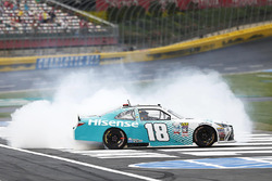 Денни Хэмлин, Joe Gibbs Racing Toyota