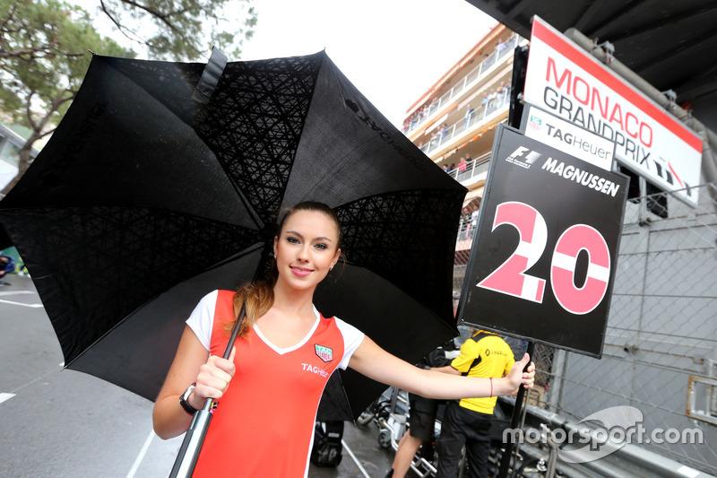 Chica de la parrilla para, Kevin Magnussen, Renault Sport F1 Team