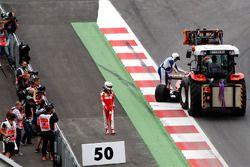 Sebastian Vettel, Ferrari SF16-H, contraint à l'abandon