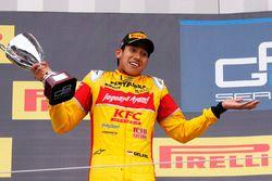 Podium: second place Sean Gelael, Pertamina Campos Racing
