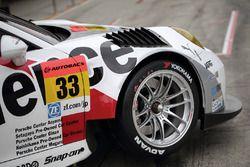 #33 Excellence Porsche Team KTR Porsche 911 GT3-R, dettaglio