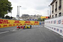 Daniel Abt, ABT Schaeffler Audi Sport leads