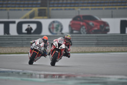 Joshua Brookes, Milwaukee BMW et Michael van der Mark, Honda WSBK Team