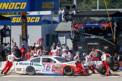 Tony Stewart, Stewart-Haas Racing pit action