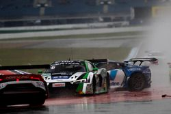 Crash, #50 YACO Racing, Audi R8 LMS: Philip Geipel, Rahel Frey und #6 HB Racing Lamborghini Huracán
