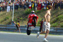 Yarış galibi Max Biaggi, Marlboro Yamaha Team