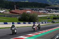 Юджин Лаверти, Aspar Racing Team, Скотт Реддинг, Octo Pramac Racing и Брэдли Смит, Monster Yamaha Te