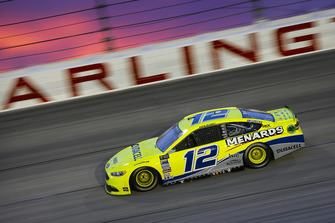 Ryan Blaney, Team Penske, Ford Fusion Menards/Duracell