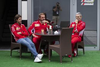 Antonio Giovinazzi, Ferrari, Gino Rosato, Ferrari and Maurizio Arrivabene, Ferrari Team Principal