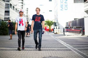 Pierre Gasly, Scuderia Toro Rosso and Nico Hulkenberg, Renault Sport F1 Team