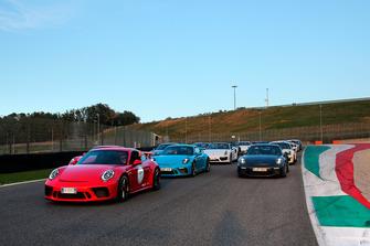 Parata Porsche Festival