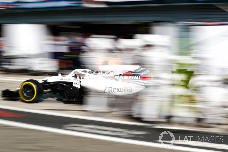 Lance Stroll, Williams FW41, sort des stands