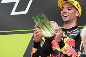 Podio: ganador de la carrera Miguel Oliveira, Red Bull KTM Ajo