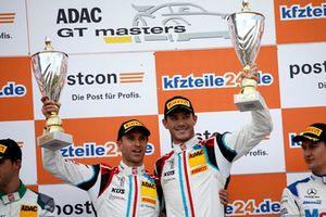 Podium: Race winner #17 KÜS Team75 Bernhard Porsche 911 GT3 R: Timo Bernhard, Kévin Estre