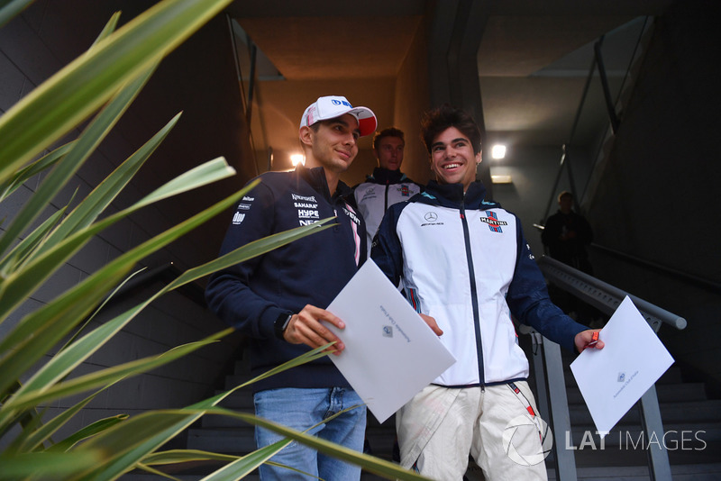 Esteban Ocon, Racing Point Force India F1 Team y Lance Stroll, Williams Racing