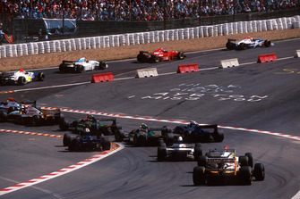 Start ve Eau Rouge
