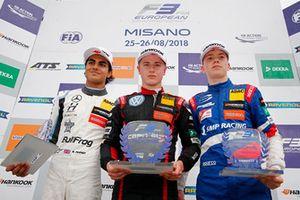 Rookie Podium: Winner #f44, second place Enaam Ahmed, Hitech Bullfrog GP Dallara F317 - Mercedes-Benz, third place Robert Shwartzman, PREMA Theodore Racing Dallara F317 - Mercedes-Benz