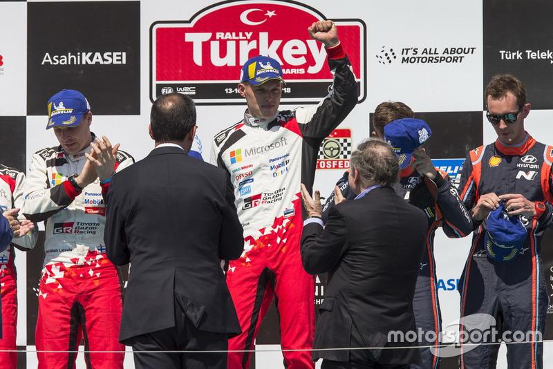 Podio: Ott Tänak, Martin Järveoja, Toyota Gazoo Racing WRT Toyota Yaris WRC