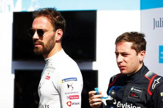 Jean-Eric Vergne, DS Techeetah, DS E-Tense FE20, with Robin Frijns, Virgin Racing, Audi e-tron FE06