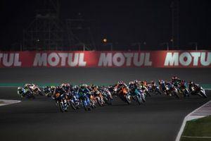 Start zum Moto2-Rennen in Doha 2020: Luca Marini, Sky Racing Team VR46, führt
