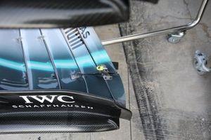 Detalle del alerón delantero del Mercedes AMG F1 W10