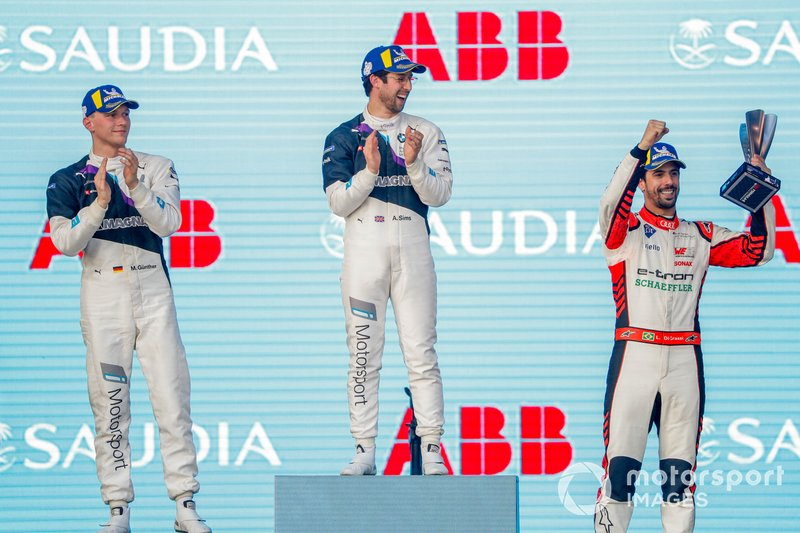 Lucas Di Grassi, Audi Sport ABT Schaeffler, 3rd position, celebrates on the podium with race winner Alexander Sims, BMW I Andretti Motorsports, Maximilian Gunther, BMW I Andretti Motorsports, 2nd position