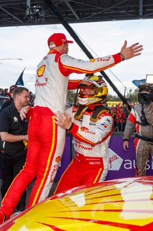 Победители Скотт Маклафлин и Александр Према, DJR Team Penske, Ford Mustang GT