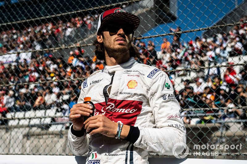 Antonio Giovinazzi, Alfa Romeo Racing, on the grid