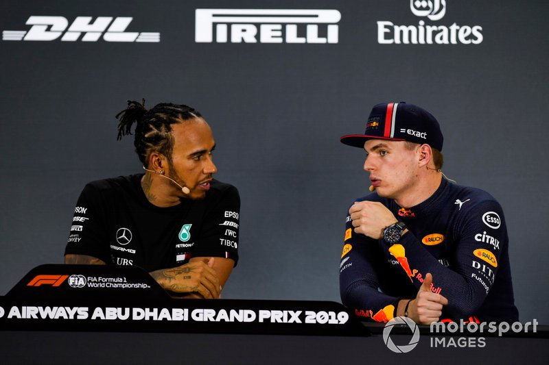 Pole man Lewis Hamilton, Mercedes AMG F1, e Max Verstappen, Red Bull Racing, in conferenza stampa dopo le qualifiche
