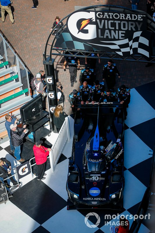#10 Wayne Taylor Racing Cadillac DPi: Renger Van Der Zande, Ryan Briscoe, Scott Dixon pulls into the victory lane