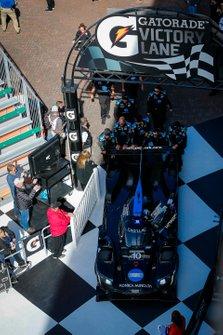 1. #10 Wayne Taylor Racing Cadillac DPi: Renger Van Der Zande, Ryan Briscoe, Scott Dixon