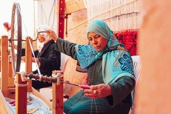 Locals weven