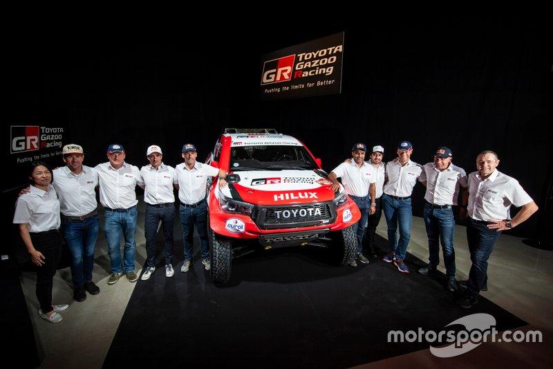 Toyota Gazoo Racing, line up alla conferenza stampa Dakar