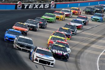 Renn-Action auf dem Texas Motor Speedway in Fort Worth