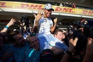 Чемпион 2019 года Льюис Хэмилтон, Mercedes AMG F1