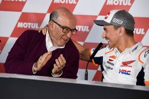 Carmelo Ezpeleta, CEO Dorna Sports with Jorge Lorenzo, Repsol Honda Team announcing retirement