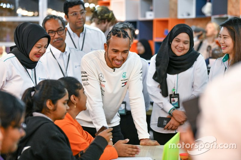 WM-Feier von Mercedes und Petronas