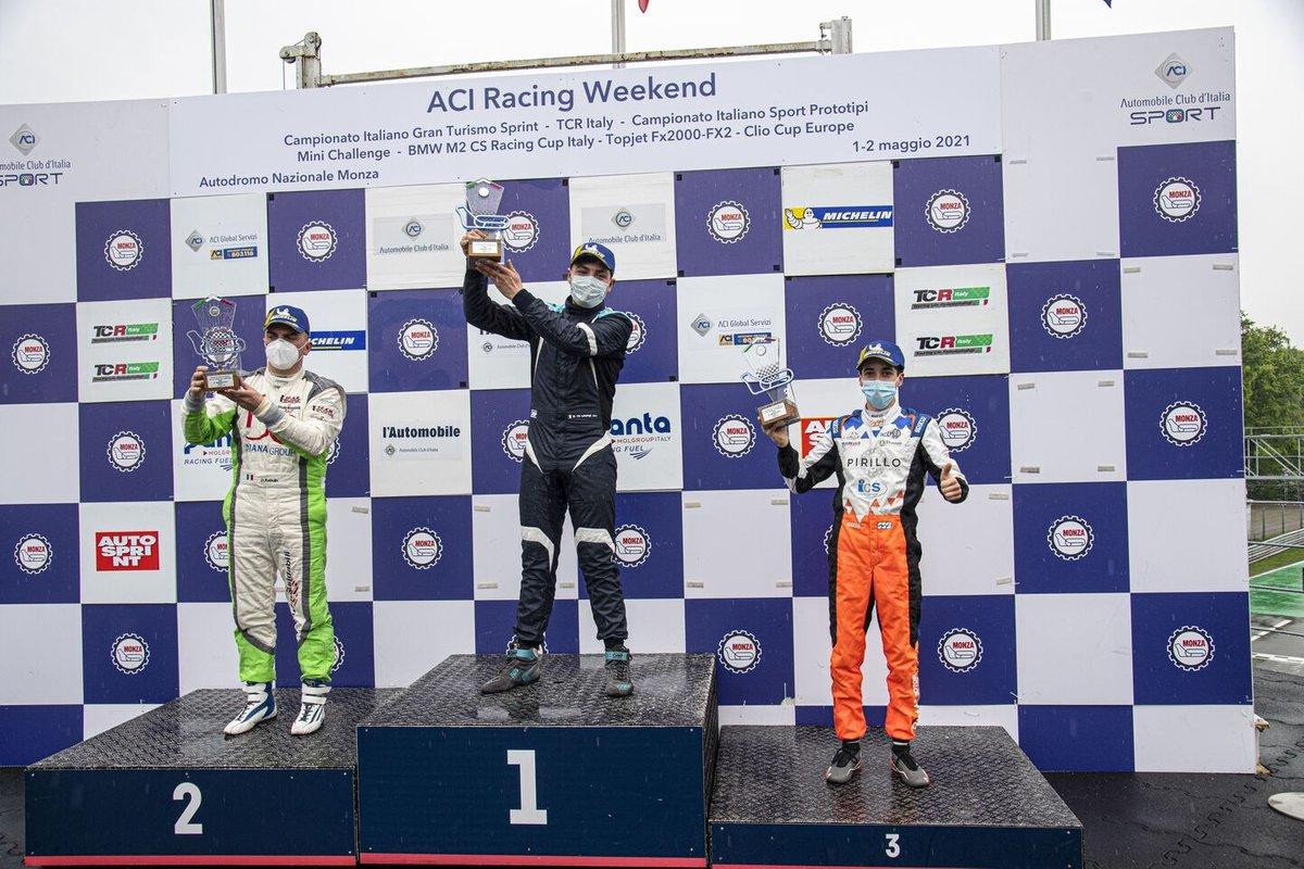 Il podio di Gara 1 categoria DSG: Secondo posto Denis Babuin, Bolza Corse, Cupra TCR DSG, primo posto Sabatino Di Mare, Cupra TCR DSG, terzo posto Marco Butti, Elite Motorsport, Cupra TCR DSG