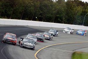 Zane Smith, GMS Racing, Chevrolet Silverado ARLON SLX+ an d Kyle Busch, Kyle Busch Motorsports, Toyota Tundra Cessna