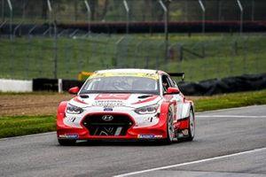 #54: Robert Wickens, Bryan Herta Autosport, Hyundai Veloster N TCR